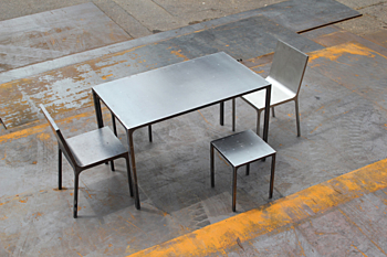 mono table