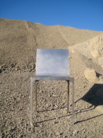 mono chair
