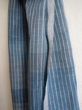 The Sky Is Indigoblue - handwoven linen scarve