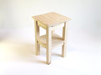 Croké corner table