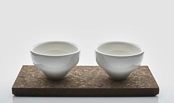 4 JADE coffee cups and  2 cork plates