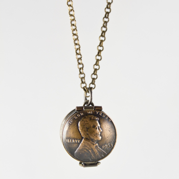 Abe's Lucky Locket