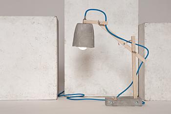 remiz desk lamp